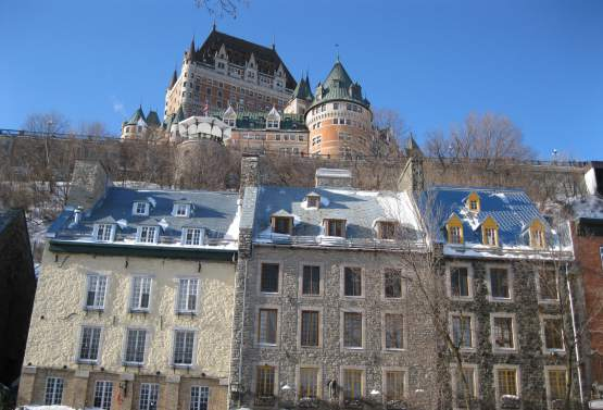Visite historique du vieux qu bec et du vieux port for Auberge maison roy quebec city